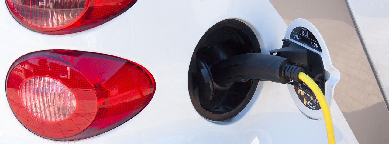 Alles weten over elektrisch rijden? Lees hier alle voor-en nadelen